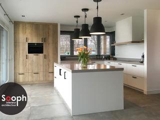 Nieuwbouw woonboerderij Twente Sooph Interieurarchitectuur Keukenblokken Hout Grijs