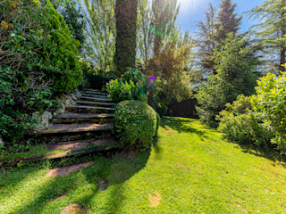 Bernadó Luxury Houses Jardin avant
