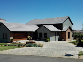 HR Designs Country house