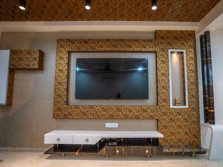 Nabh Design & Associates Salas de estar modernas Derivados de madeira Castanho