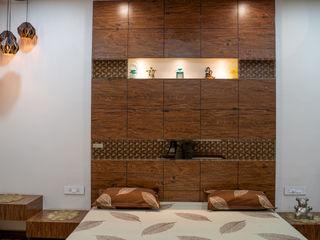 Nabh Design & Associates Quartos pequenos contraplacado Castanho