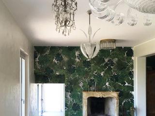 Casa Varese II Kazuyo Komoda (Design Studio) Sala da pranzo in stile classico Verde