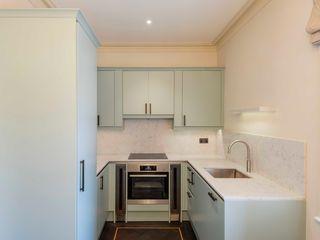 Full refurbishment of apartment in Kensington Prestige Architects By Marco Braghiroli Small kitchens