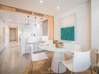 Reforma integral de apartamento en el centro de Murcia Francisco Pomares Arquitecto / Architect Comedores de estilo moderno