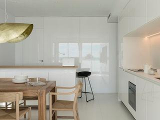 Suite Sea Susanna Cots Interior Design Salones de estilo minimalista