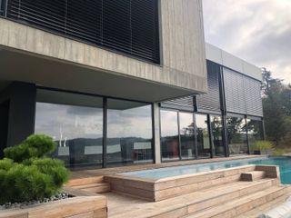 Maison d'architecte à Vienne CUBIK architecture Piscine moderne