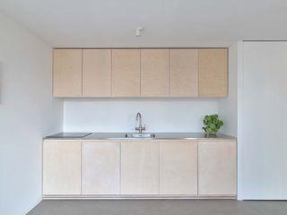 Julius Taminiau Architects Cocinas equipadas Madera Acabado en madera