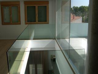 DYOV STUDIO Arquitectura, Concepto Passivhaus Mediterraneo 653 77 38 06 EstudioAccesorios y decoración Madera Marrón