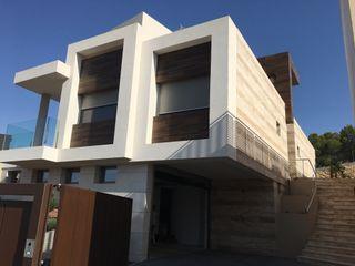 DYOV STUDIO Arquitectura, Concepto Passivhaus Mediterraneo 653 77 38 06 빌라 대리석 베이지