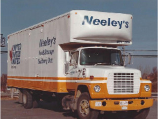 Neeley's Van & Storage Nursery/kid's roomDesks & chairs