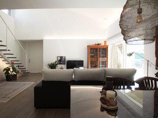 R. Borja Alvarez. Arquitecto Salon moderne