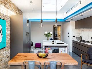 Kitchen Extension - Windsor Road, Kingston Upon Thames, KT2 APT Renovation Ltd Walls & flooringPaint & finishes Metal Blue
