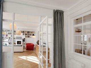 Modernisation d'un appartement haussmannien 250 m2 Créateurs d'Interieur Salon original