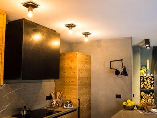 Impianto elettrico e sistema di illuminazione di nuova generazione - abitare sulle Dolomiti Monico Impianti CucinaIlluminazione Legno Effetto legno