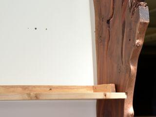 Gli Artigiani dei f.lli M.& S. Cordi snc Living roomShelves Wood Wood effect
