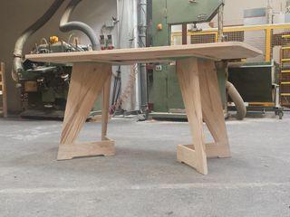 Gli Artigiani dei f.lli M.& S. Cordi snc Dining roomTables Bricks Wood effect