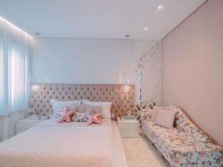 ISADORA MARTEL interiores Girls Bedroom Pink