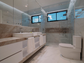 ISADORA MARTEL interiores Modern bathroom