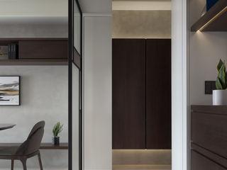 BLC モダンスタイルの 玄関&廊下&階段 木 ブラウン