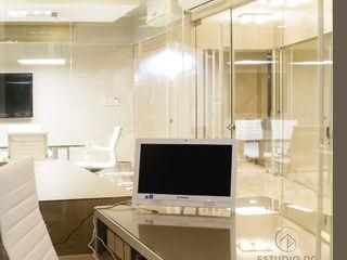 Estudio Jurídico Torres & Torres DIAZ GUERRA ESTUDIO Oficinas y comercios de estilo moderno