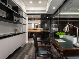大量採光 讓晝夜有不一樣感受 你你空間設計 書房/辦公室 Black