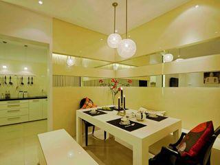 Olive Interiors 客廳凳子與椅子 竹 Yellow