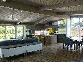 Klopf Architecture Modern living room