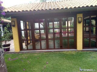Ventana de PVC Aislante de Ruido. FENSELL Puertas y ventanasPuertas Plástico Acabado en madera