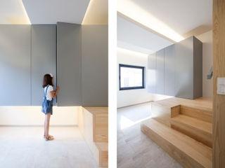 IN-PROOV Ingresso, Corridoio & Scale in stile minimalista