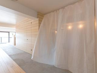 HAMADA DESIGN Minimalistyczne ściany i podłogi