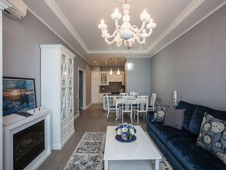 Двухкомнатные квартиры Технологии дизайна Гостиная в стиле модерн Серый