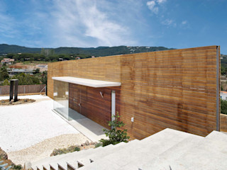 Casa ecológica moderna en Llavaneres Esteve Arquitectes Casas unifamilares Madera maciza Blanco