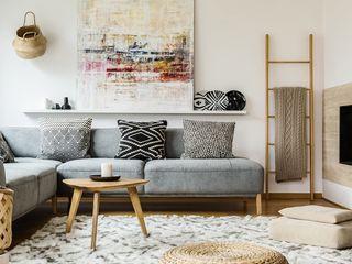 Tullpu Diseño & Arquitectura Ruang Media Modern