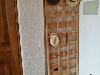 Taller Carpintería Massive Corredor, vestíbulo e escadasCabides e guarda-roupas Madeira maciça Efeito de madeira