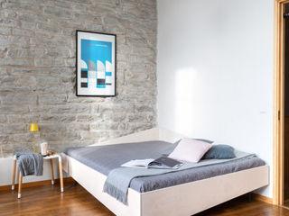 studio michael hilgers BedroomBeds & headboards