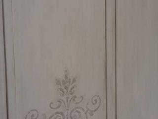 Incredibile trasformazione di un mobile ormai rovinato! Mobili a Colori Ingresso, Corridoio & ScaleContenitori Legno composito Bianco