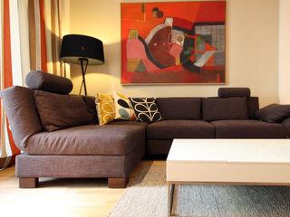 raumdeuter GbR Modern Oturma Odası