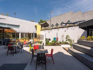 ARCO Arquitectura Contemporánea Modern balcony, veranda & terrace