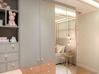 ZOMA Arquitetura Nursery/kid's roomWardrobes & closets