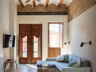 osb arquitectos Ruang Keluarga Gaya Mediteran White