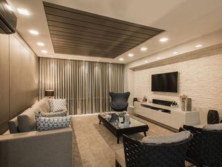 Residência Clean Élcio Bianchini Projetos Salas de estar ecléticas