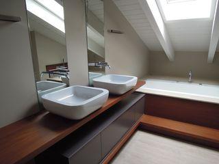 CLARE studio di architettura 浴室