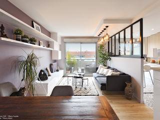 Rénovation complète avec ouverture de cuisine à Lyon Tiffany FAYOLLE Salon moderne