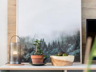 WN Interiors + WN Store Moderne Wohnzimmer Weiß