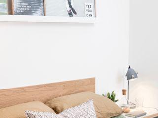 WN Interiors + WN Store Moderne Schlafzimmer Weiß