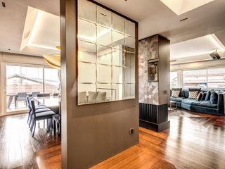 MOB ARCHITECTS Moderne gangen, hallen & trappenhuizen