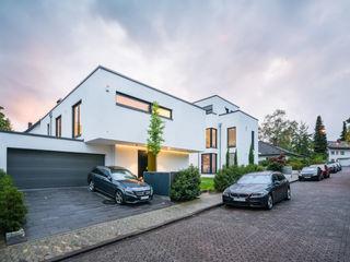 Einfamilienhaus S. im Taunus (Projekt 053) Karl Kaffenberger Architektur | Einrichtung Einbauküche Weiß