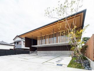 キリコ設計事務所 Chalets & maisons en bois Bambou Marron