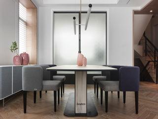 肯星室內設計 Moderne eetkamers