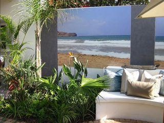 Young Landscape Design Studio Giardino tropicale